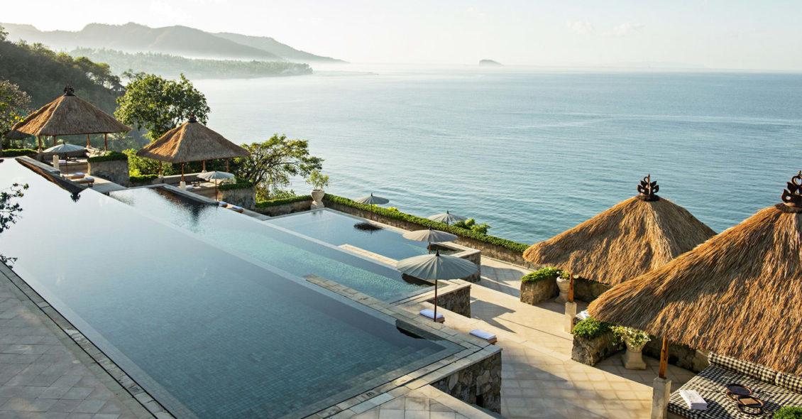 Casas-de-diseño-modernas-de-hormigón-foto-Resort-Amankila-Bali-Indonesia